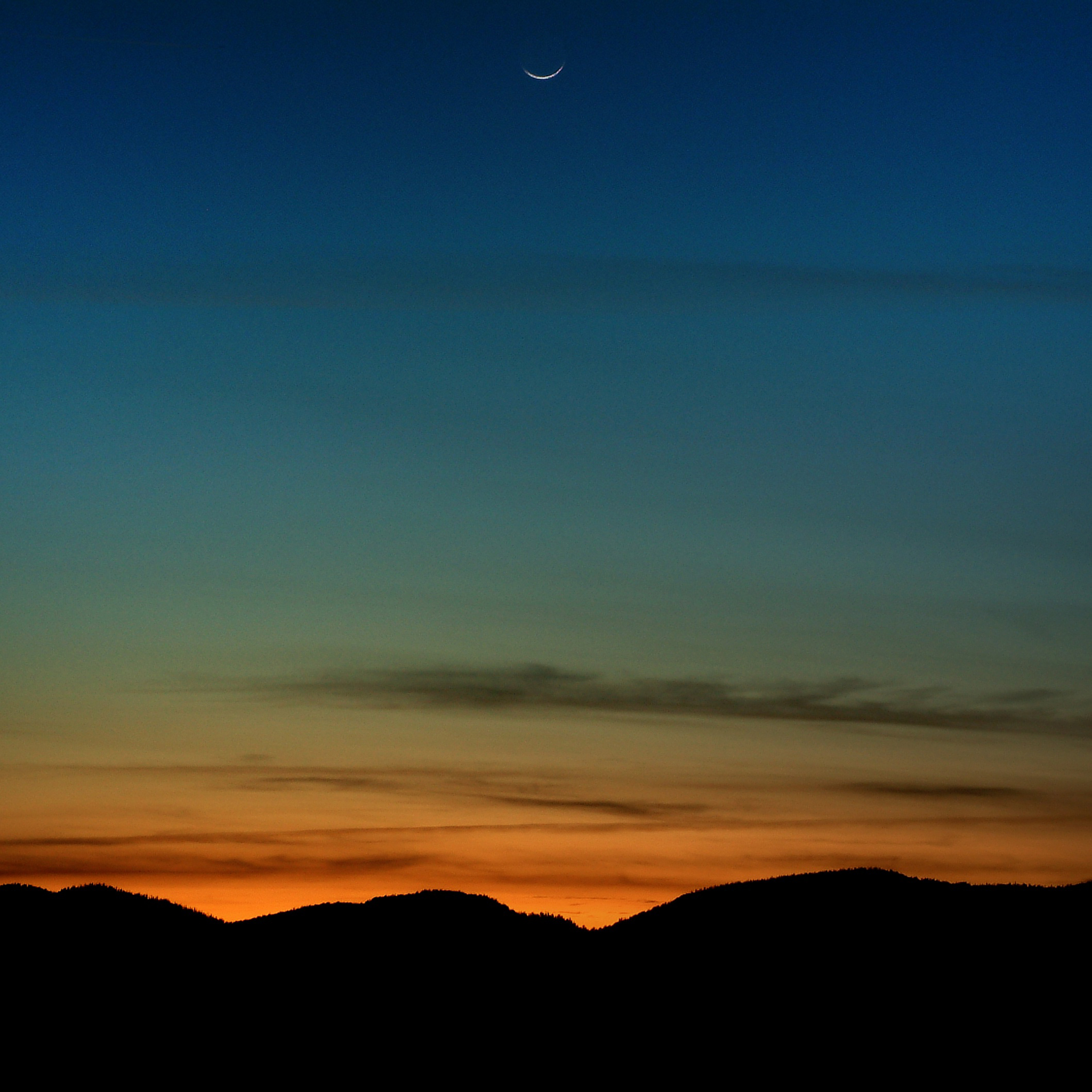 tahoe sunsets - under a new spring moon ipad wallpaper