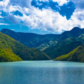 batintherain - italian lake landscape ipad wallpaper