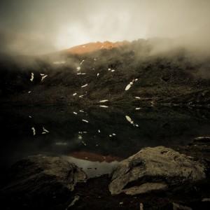 code poet - dark mountains ipad wallpaper