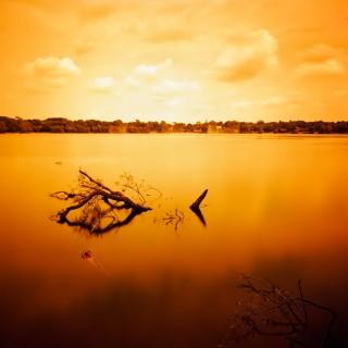 dr rawhead - orange pond ipad wallpaper