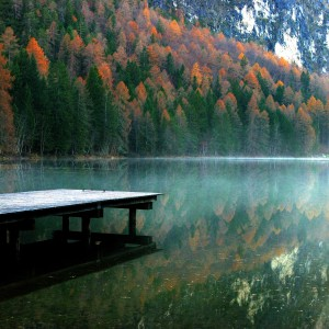 giorgio - tristachersee autumn lake dock ipad wallpaper