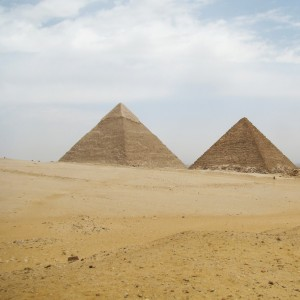 iris fernandez - giza pyramids egypt ipad wallpaper