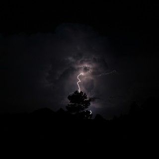 jah - lightning ipad wallpaper