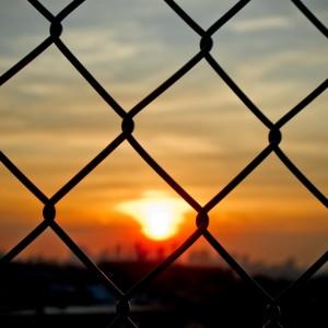 jorge quinteros - fence sunset ipad wallpaper