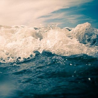 jorge quinteros - waves ipad wallpaper