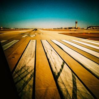 kevin dooley - runway ipad wallpaper