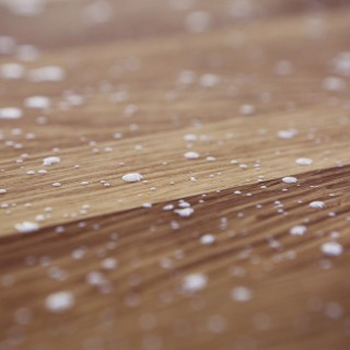 lifeofpix.com - abstract white drops on wood ipad wallpaper