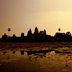 mark sebastian - cambodia angkor wat ipad wallpaper