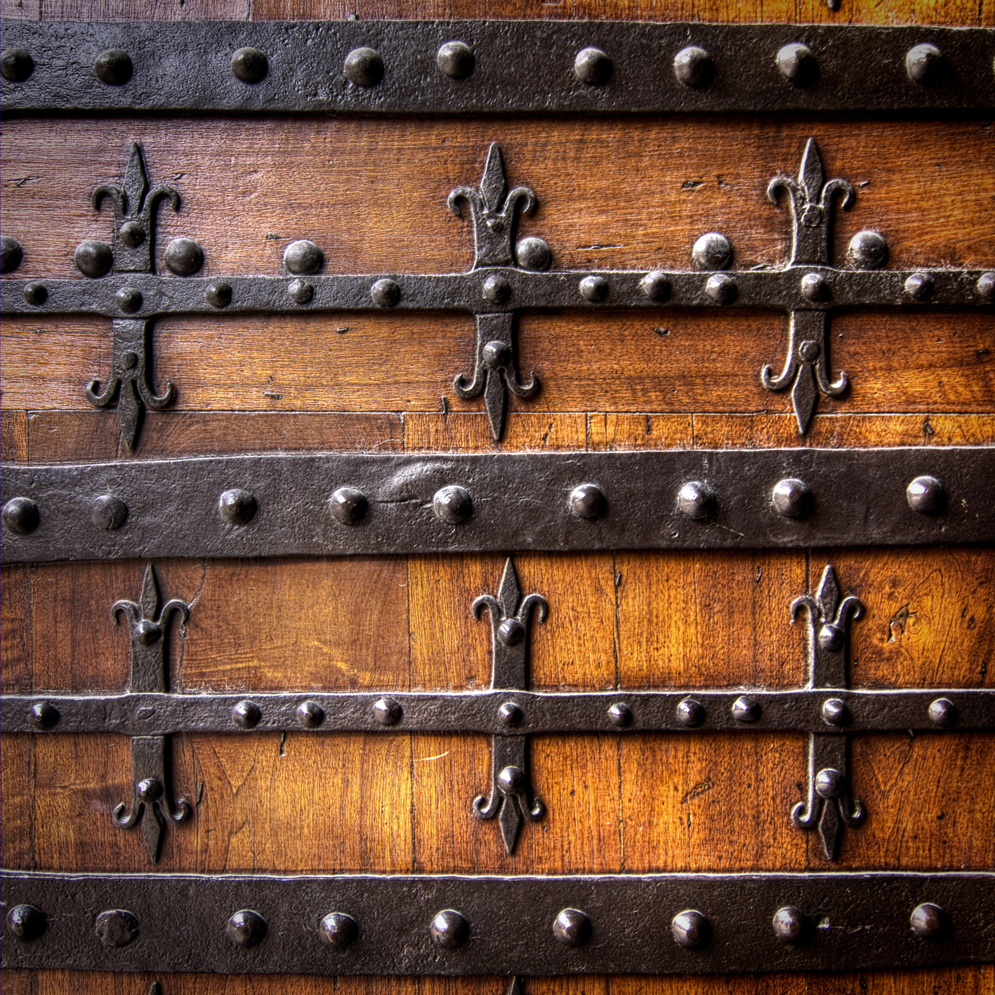 salva barbera - old wooden gate ipad wallpaper