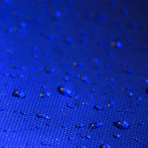 swissrock - blue water drops ipad wallpaper
