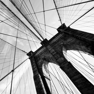 thomas hawk - black and white brooklyn bridge ipad wallpaper
