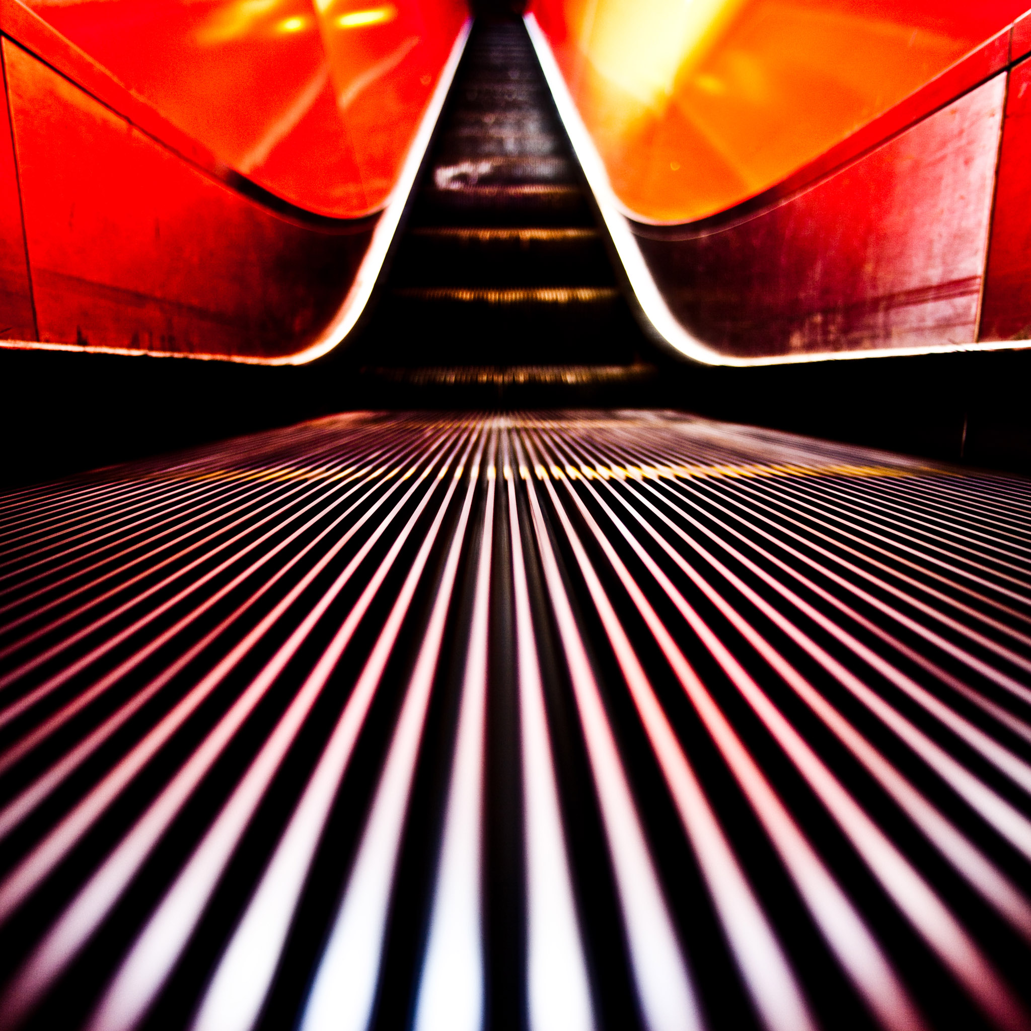 thomas hawk - escalator2 ipad wallpaper